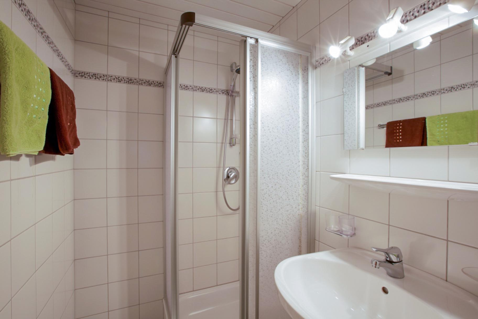Ferienwohnung 3, Badezimmer