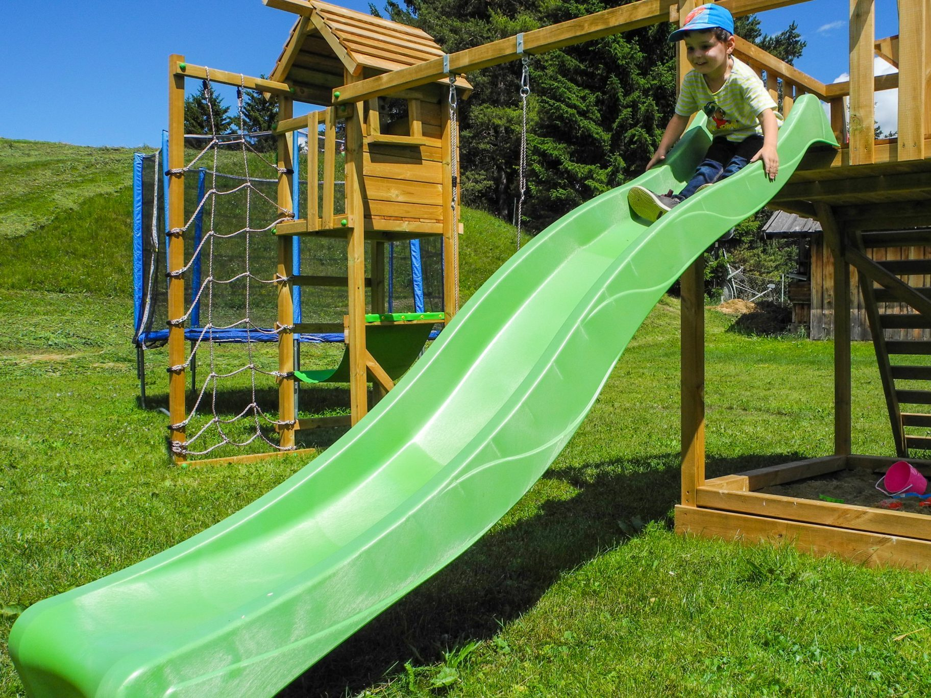Sulla Collina, garden, playground