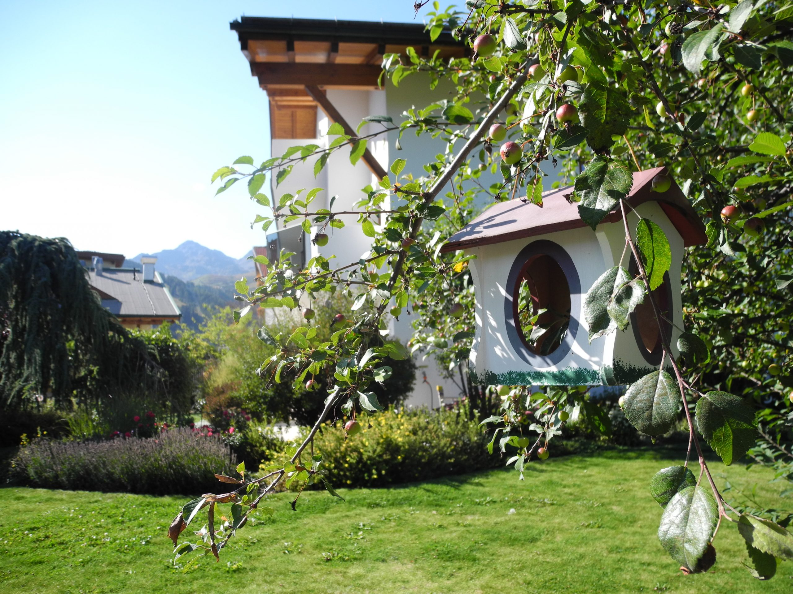 Sulla Collina, Garten, Vogelhaus